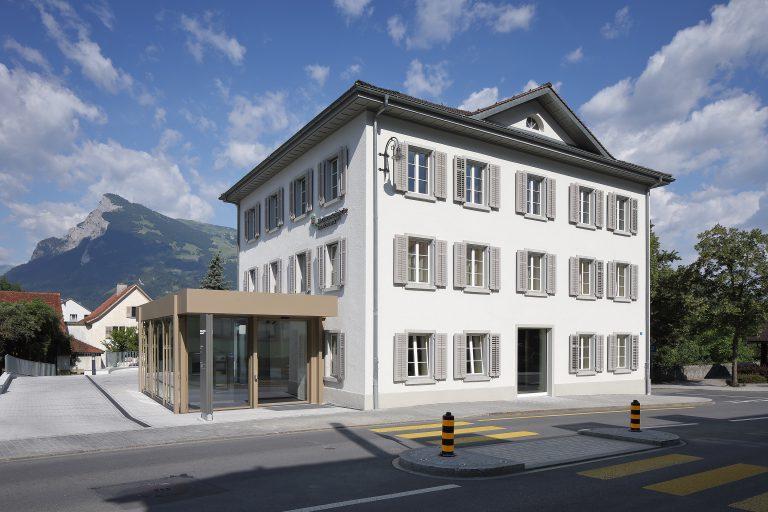Projekt: Bankgebäude der Landesbandesbank Liechtenstein (GSB) Architekt: matt architekten gmbh Ort: FL-Balzers Datum: 2019/07